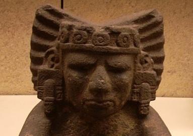 BITÁCORA.  Xiuhtecuhtli, dios del Fuego.