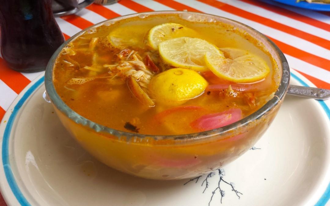 Auténtica sopa de lima; 100% yucateca.