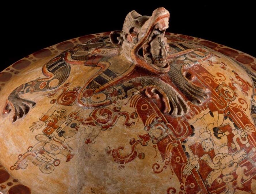 ITZAM fué un dios maya. (Caldo de¨pollo de árbol¨)