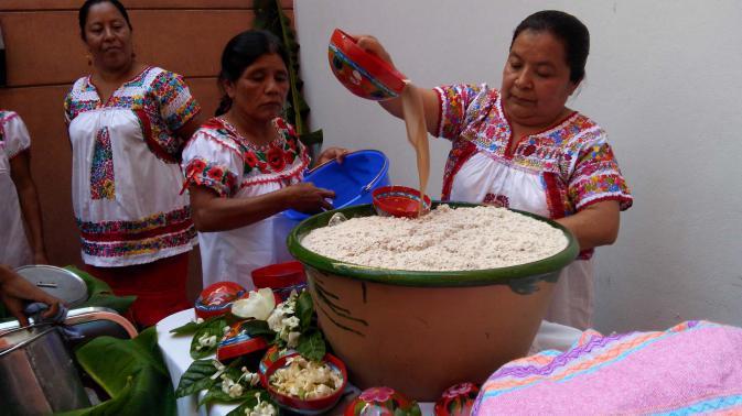 Receta para preparar TEJATE, bebida oaxaqueña de origen prehispánico.