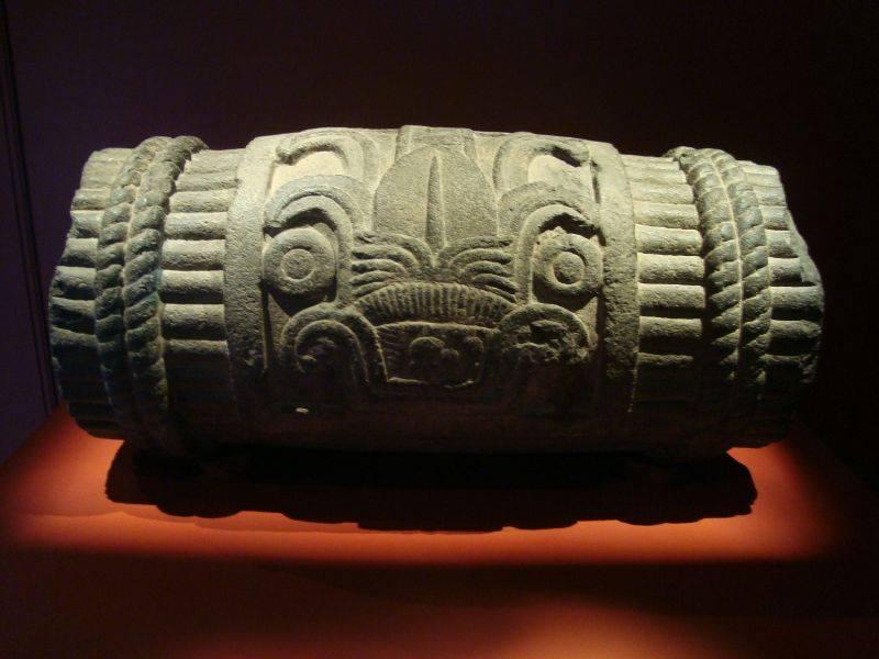 La representación de los siglos en la cultura náhuatl (xiuhmolpilli)