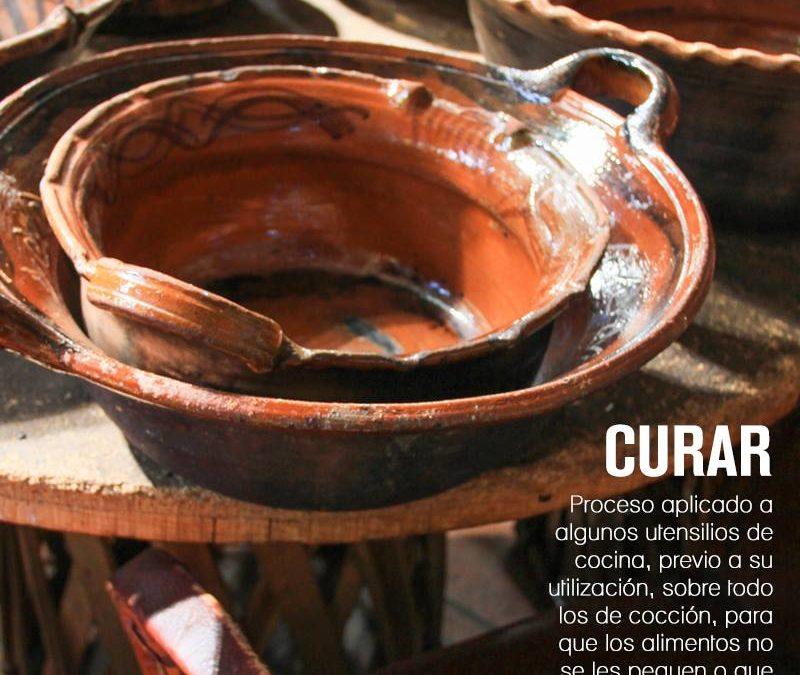 Como curar una olla o cazuela de barro mexicana.