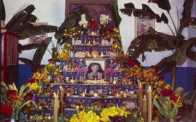 La relación del Maíz en la celebración del Día de Muertos.