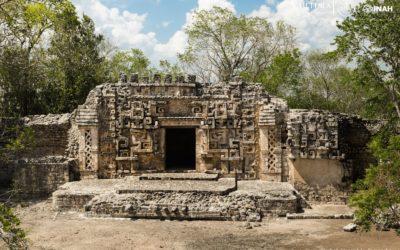 Conocela Zona Arqueológica deHOCHOB, en Campeche.