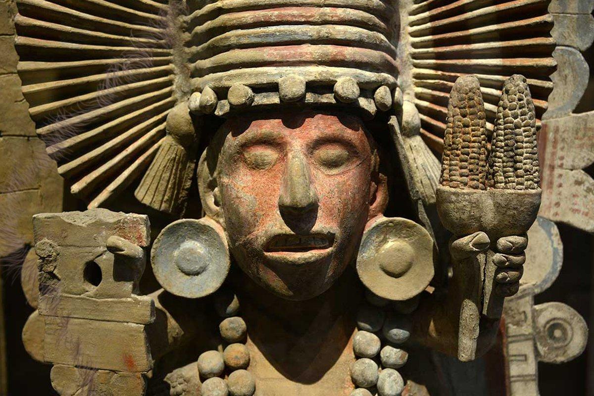 Chicomecóatl, Cintéotl y Xilonen; deidades del maíz 🌽