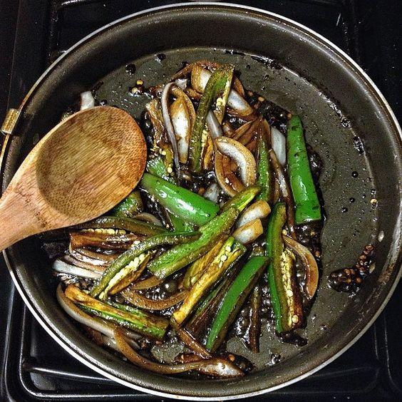 Como hacer Chiles verdes TOREADOS para acompañar tu comida