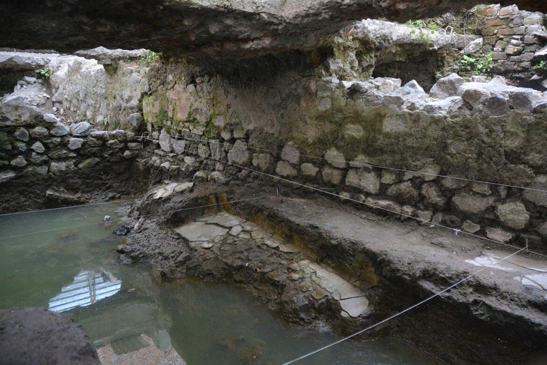 Video: Hallan TEMAZCAL prehispánico, en predios de la antigua Tenochtitlan